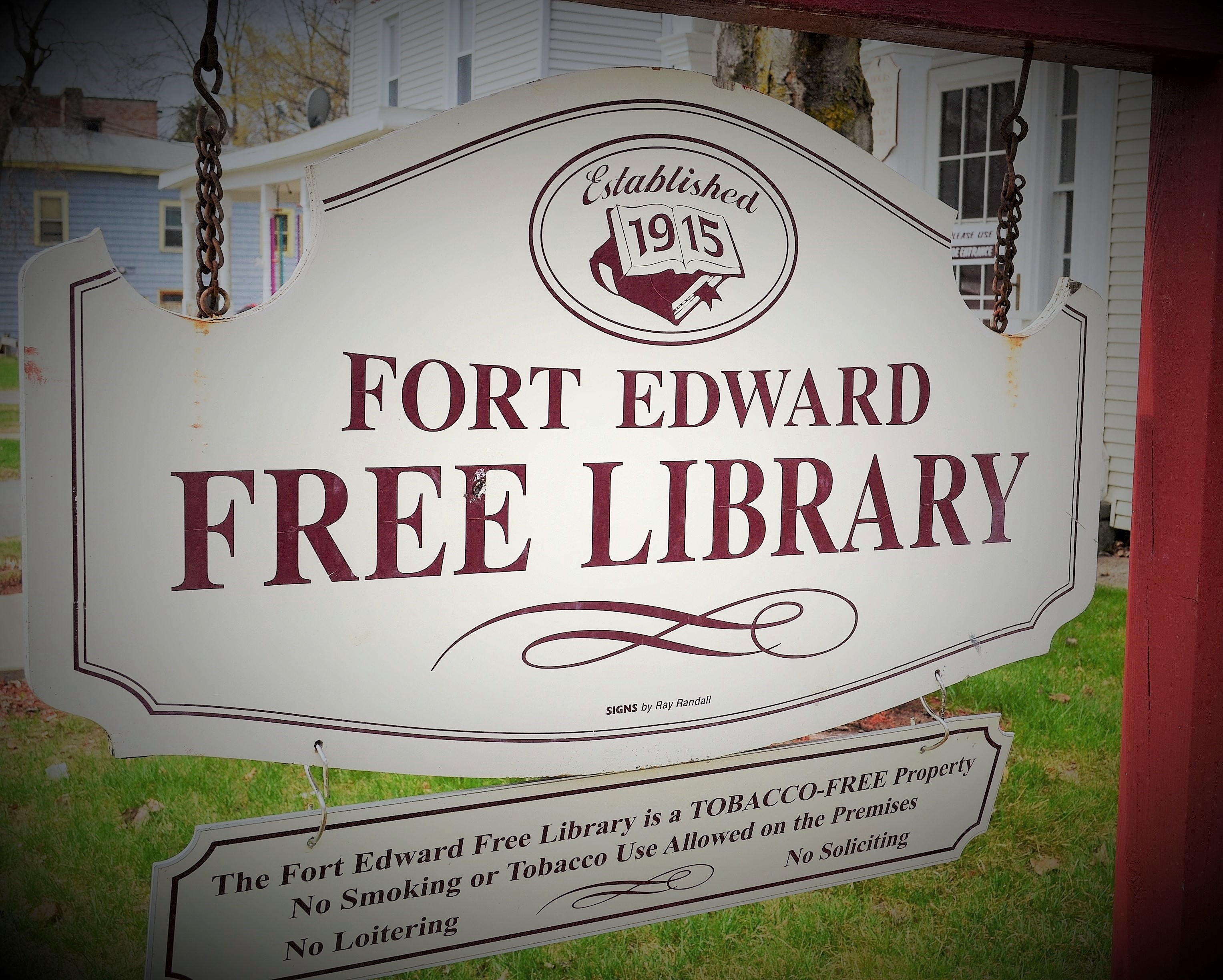 Thanksgiving Day and the Friday after the library is closed.